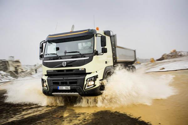 Il nuovo Volvo FMX: Manovrabilità superiore in tutte le condizioni