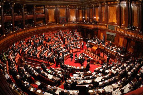 VIII Commissione Lavori Pubblici, Comunicazioni del Senato. Altero Matteoli presidente.