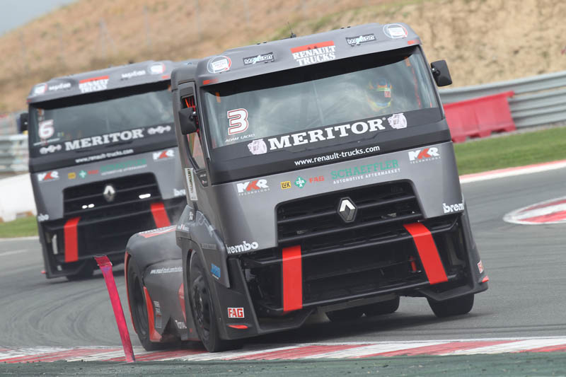 Truck Racing 2013: il team Renault Trucks-MKR Technology torna in vetta al podio