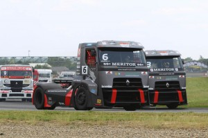Renautl-Trucks-MKR-Technology_Truck_racing_2013_nogaro_3