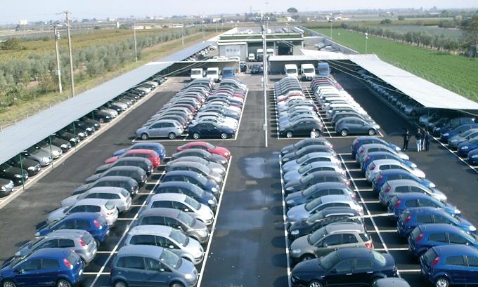 Autovetture, continua il calo delle vendite