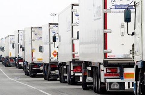 Associazioni dell'autotrasporto scrivono al Governo e minacciano il fermo