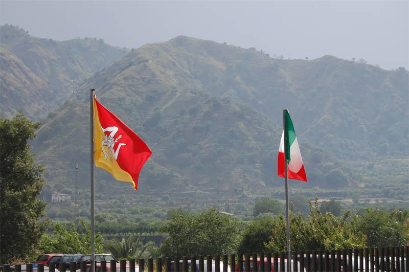 Sicilia, AIAS revoca il fermo, le altre associazioni no