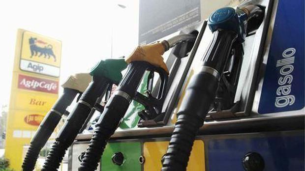 Dal 2009 al 2014 è diminuito del 27% il consumo di benzina