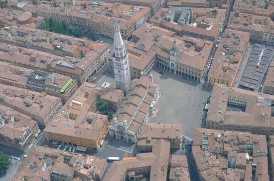 Modena, piano di controlli straordinario sugli autotrasportatori