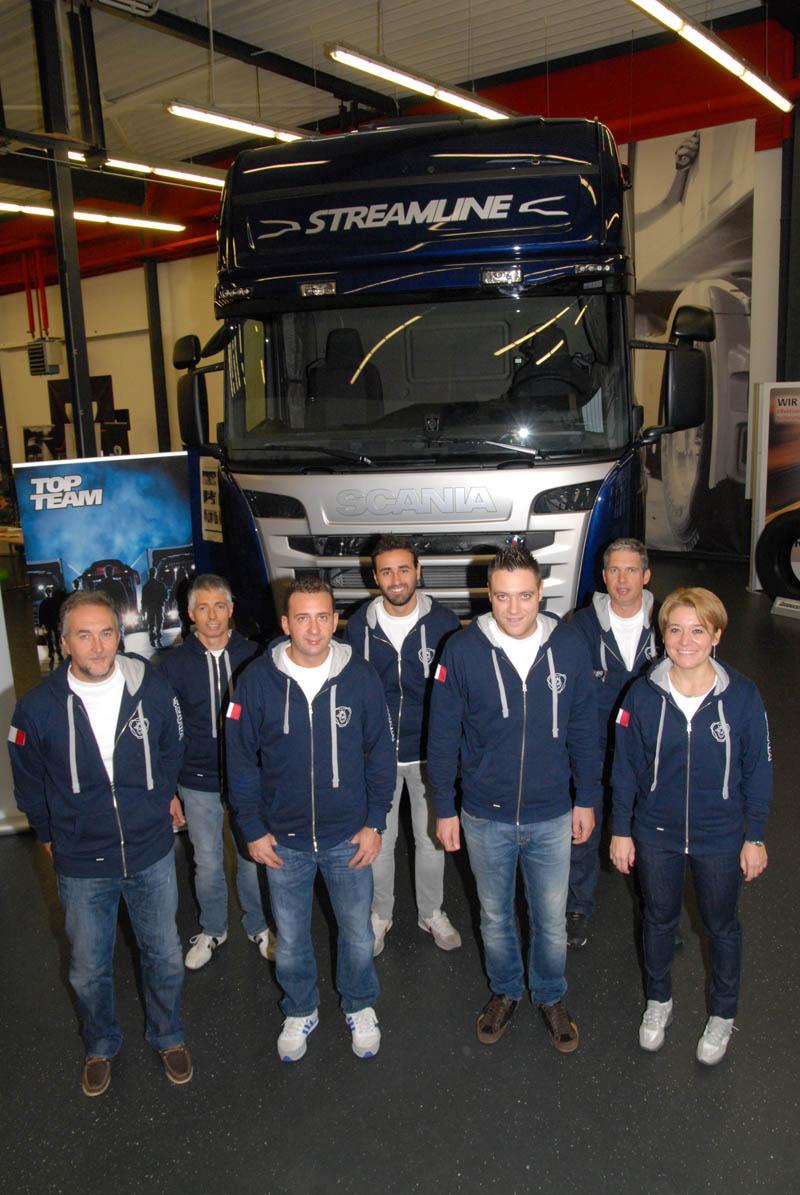 I campioni italiani dell'officina Varom Service di Lodi conquistano l'accesso alla finale mondiale Scania Top Team 2013