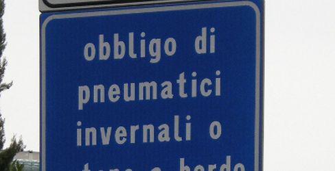 Lombardia: esteso obbligo catene a bordo o pneumatici invernali su strade a rischio precipitazioni nevose o formazione ghiaccio