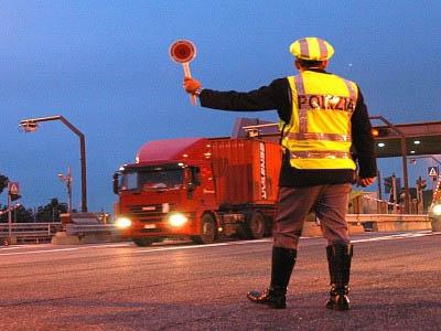 Controlli sui camion a Modena