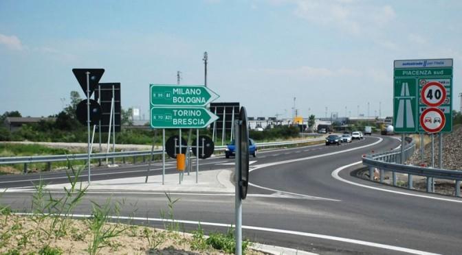 A1 Milano-Napoli, chiusura Piacenza Sud e bivio per A21