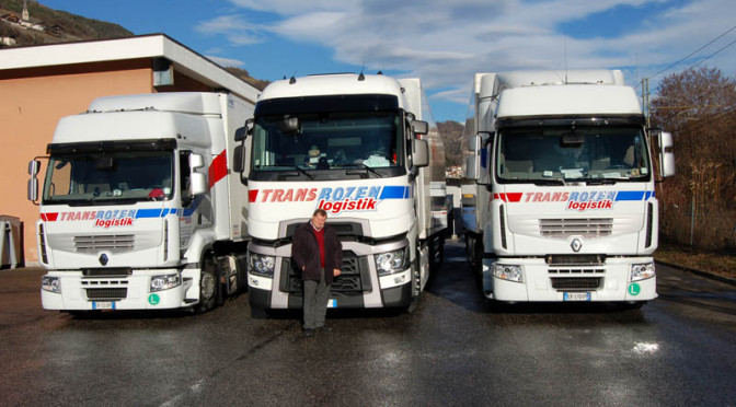transbozen apre la strada al nuovo renault trucks t camionisti on line. Black Bedroom Furniture Sets. Home Design Ideas