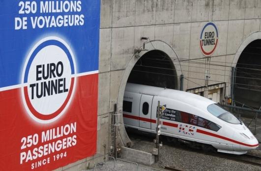 Eurotunnel taglierà tariffe trasporto merci nel Tunnel della Manica