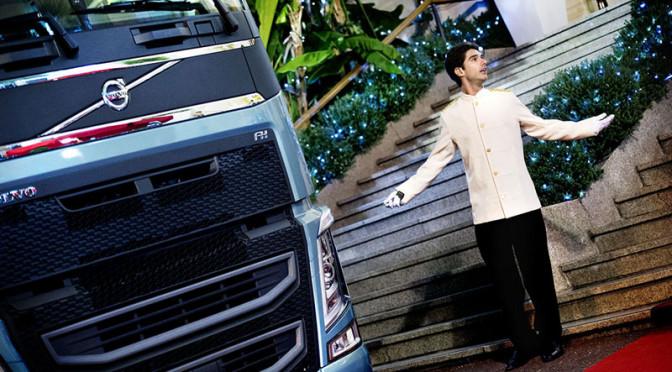 Un'auto sportiva sotto il cofano con I-Shift Dual Clutch Volvo Trucks