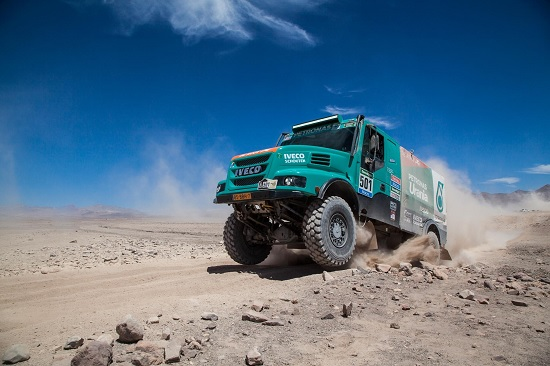 Dakar 2015, 8. tappa: 2° posto per Gerard de Rooy