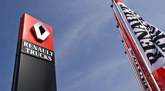 Renault Trucks presenta RT Center Parma e RT Center Torino