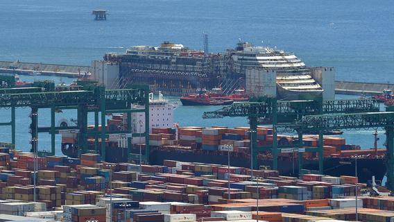 Record di camion movimentati per il Porto di Voltri-Prà
