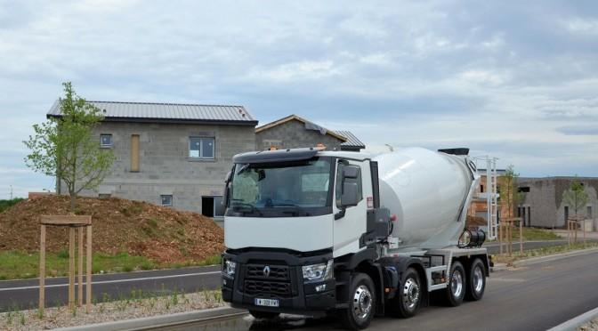 Renault Trucks C XLoad: 8X4 Peso Piuma