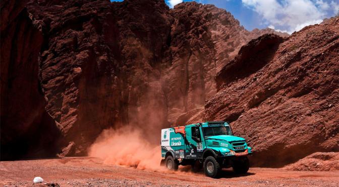 Vittoria di De Rooy nell'8ª tappa, Iveco in testa alla Dakar 2016