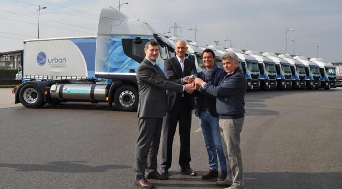 15 Iveco Stralis LNG per la logistica green di Pe.Tra