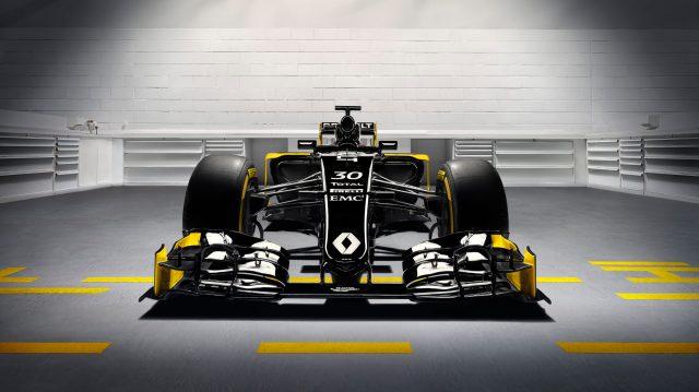 Renault Trucks T per il Renault Formula One Team