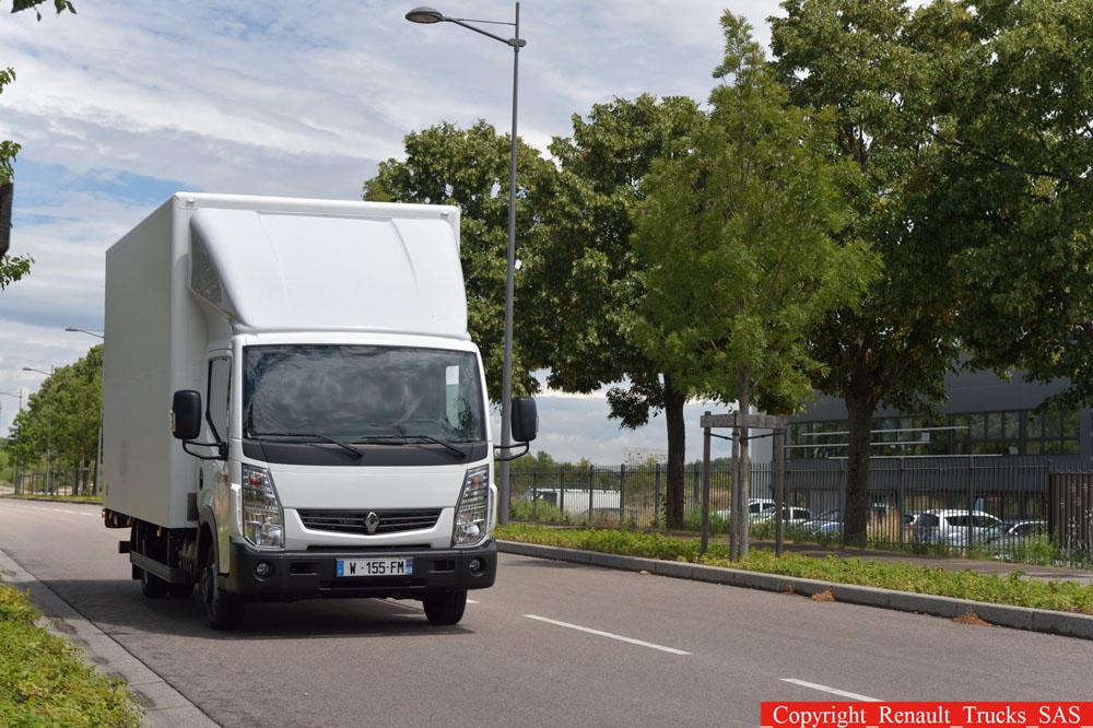 renault trucks maxity euro 6 compatto leggero e robusto. Black Bedroom Furniture Sets. Home Design Ideas
