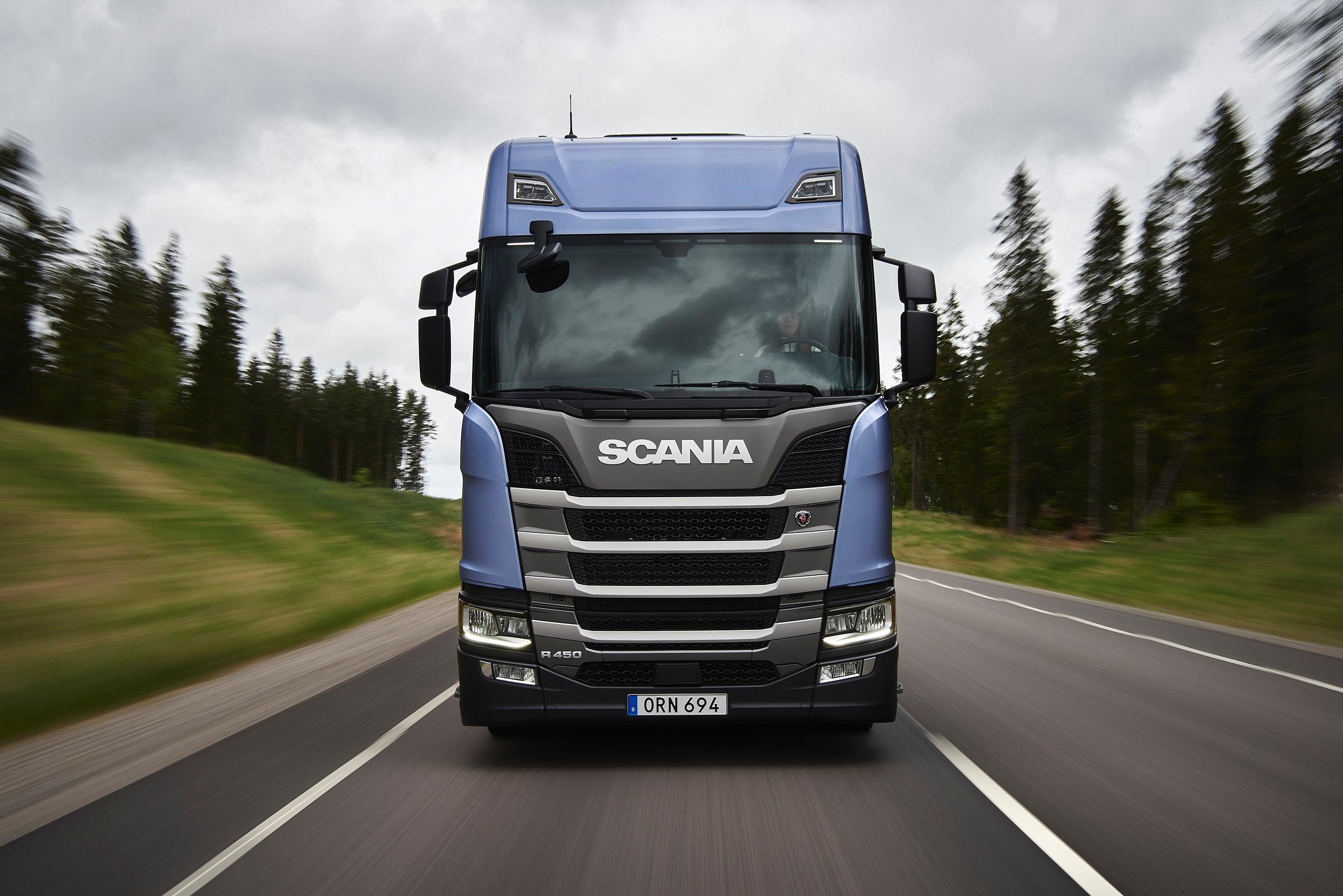 scania la nuova generazione e i veicoli per il cava cantiere in prova a transpotec camionisti. Black Bedroom Furniture Sets. Home Design Ideas