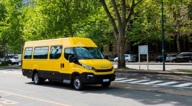 Uno Scuolabus Iveco Bus trasporterà gli alunni delle scuole delle zone terremotate del Comune di Campotosto