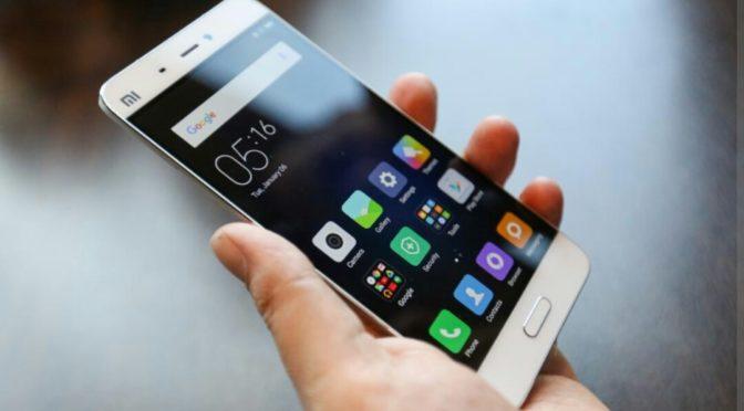 Codice strada: Nencini, ok norma su divieto uso smartphone, rendere più stringente