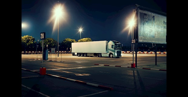 Volvo: nuovo sistema di batterie offre miglior comfort di guida e avviamenti più affidabili