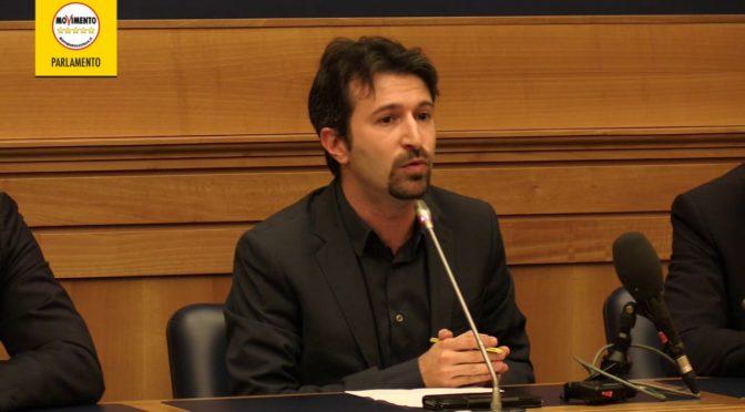 Dell'Orco (Movimento 5 Stelle): 'Toglieremo rimborso accise ai camionisti'