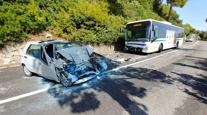 Aurelia chiusa per incidente stradale mortale