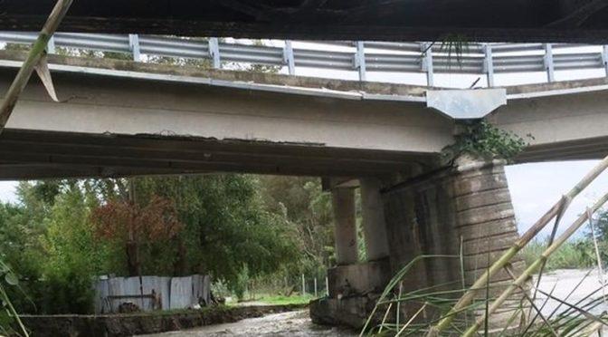 Effetto ponte Morandi, l'Anas chiude ai mezzi pesanti il viadotto Allaro (Statale Jonica)