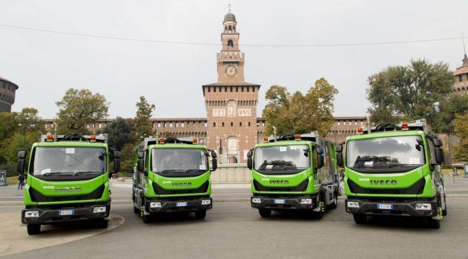 """Amsa sempre più """"green"""": 43 nuovi automezzi Iveco per la raccolta differenziata"""
