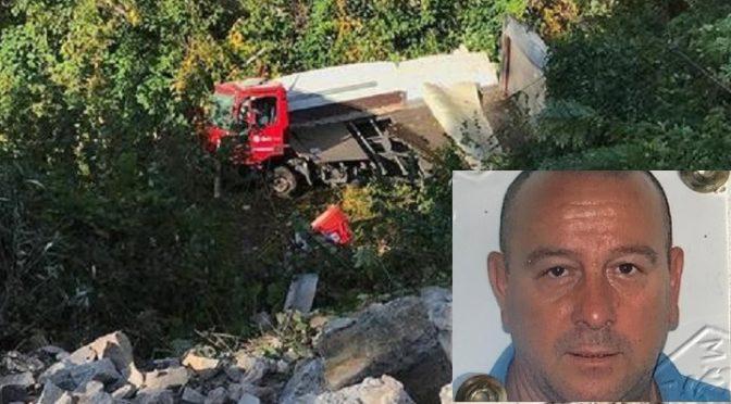 Giù da un ponte per evitare auto contromano, muore così l'autista Ivano Bonaldo