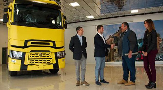 Renault Trucks T: un trattore speciale per la distribuzione alla GDO