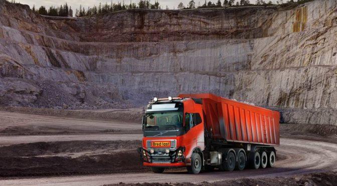 Volvo Trucks fornisce a Brønnøy Kalk AS soluzioni di trasporto a guida autonoma