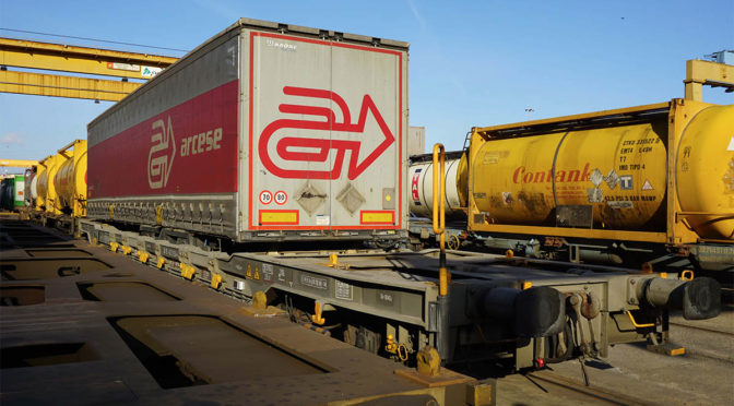 Arcese e Hupac insieme per certificazione transito semitrailer intermodali tra Belgio e Spagna