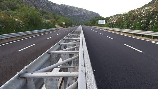 Sardegna, proseguono i lavori di pavimentazione drenante su SS 131 DCN